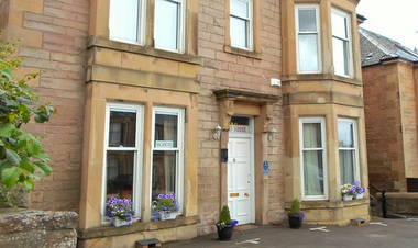 Front view Brae Lodge Guest House